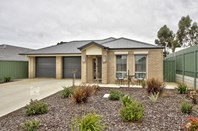 Picture of 49 Trestrail Circuit, Williamstown