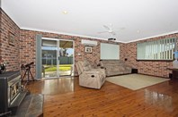 Picture of 35 Coowarra Dr, St Clair