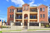 Picture of 13/12-14 Gladstone Avenue, Wollongong