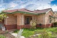 Picture of 2/5 Dennison Street, Bedford
