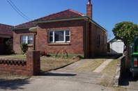 Picture of 37 General Holmes Drive, Brighton-Le-Sands