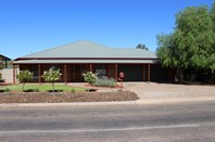 Picture of 22 Maireana Cct, Roxby Downs