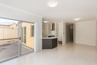 Picture of 2,3,4/14 Mason St, Cannington