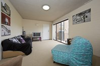 Picture of 1/4 Keith Street, Scullin
