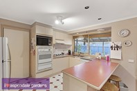 Picture of 24 Lance Close, Aspendale Gardens