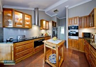 Picture of 5 Middle Cove, Kallaroo