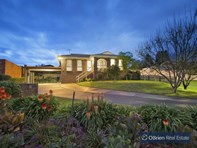 Picture of 6 Satterley Close, Endeavour Hills