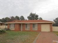 Picture of 4 Endevour Place, Parkes