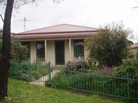 Picture of 3/2 Melbourne Street, Kilmore