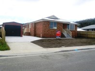 Picture of 18 Cavenor Drive, Oakdowns