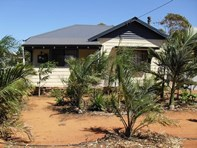Picture of 38 Richter Avenue, Morawa