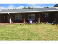 Picture of 11 Edwardes, Stanley