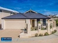 Picture of 9 Clew Way, Jindalee