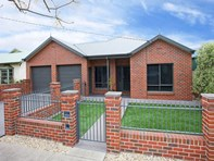 Main photo of 2 Bowen Street, Horsham - More Details