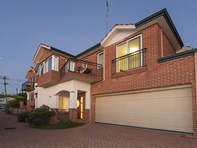 Picture of B/115 Hordern Street, Victoria Park