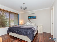 Picture of 8 Carlhausen Close, Atwell