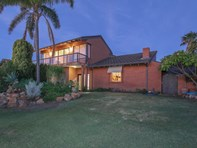 Picture of 30 Truslove Way, Duncraig