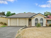 Picture of 3 Oberon Court, Hillbank