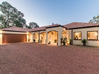 Picture of 1105 Lacey Road, Parkerville