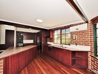 Picture of 82 Safety Bay Road, Shoalwater