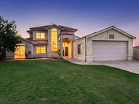 Picture of 46 Ronsard Dr, San Remo