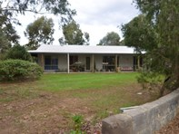 Picture of 33 Darwin Street, Cookernup