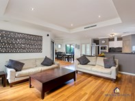 Picture of 143 Matlock Street, Mount Hawthorn