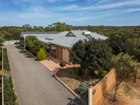 Picture of 5 Eastough Street, Nanson
