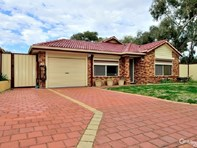 Picture of 7 Harburn Court, Lockridge