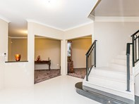 Picture of 2 Ballidu Court, Dianella