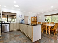 Picture of 3 Gooray Street, Glen Forrest