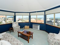 Picture of 35 Careening Way, Coogee