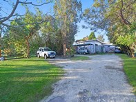 Picture of 21 Budgewoi Road, Noraville