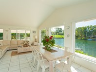 Picture of 5 Riverbreeze Avenue, Noosaville
