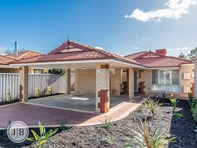 Picture of 1/40 Conochie Crescent, Manning