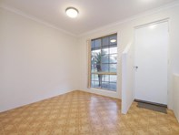 Picture of 7 Dempsey Place, Kenwick