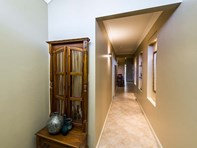 Picture of 1 Durant Way, Brentwood