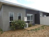 Picture of 9/6A Ravenswood Road, Ravenswood