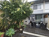 Picture of 1/175 Derby Road, Shenton Park