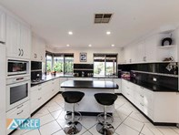 Picture of 5 Dalby Court, Willetton