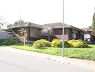 Picture of 1 Africaine Court, Huntfield Heights