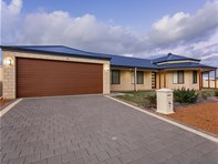 Picture of 1 Periwinkle Street, Drummond Cove