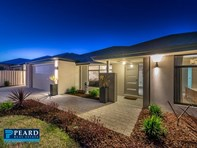 Picture of 49 Liriope Parkway, Sinagra