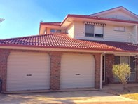 Picture of 10/92 Casey Crescent, Calwell