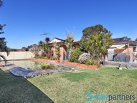 Picture of 55 Coonawarra Drive, St Clair