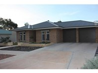 Picture of 11 Wattle Dr., Roxby Downs