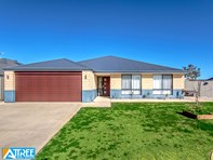 Picture of 39 Hillhouse Way, Piara Waters