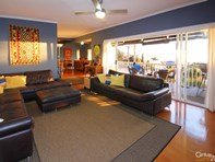 Picture of 33 Seabreeze Crescent, Maslin Beach