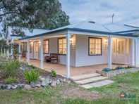 Picture of 11 Woodstock Place, Darling Downs