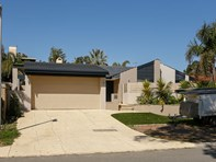 Picture of 16 Emerald Way, Carine